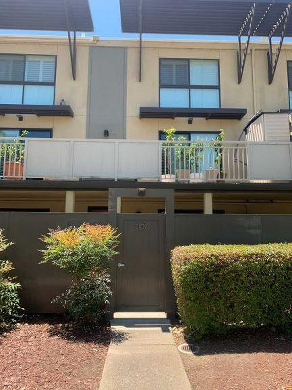 $549,999 - 1Br/1Ba -  for Sale in Foster City