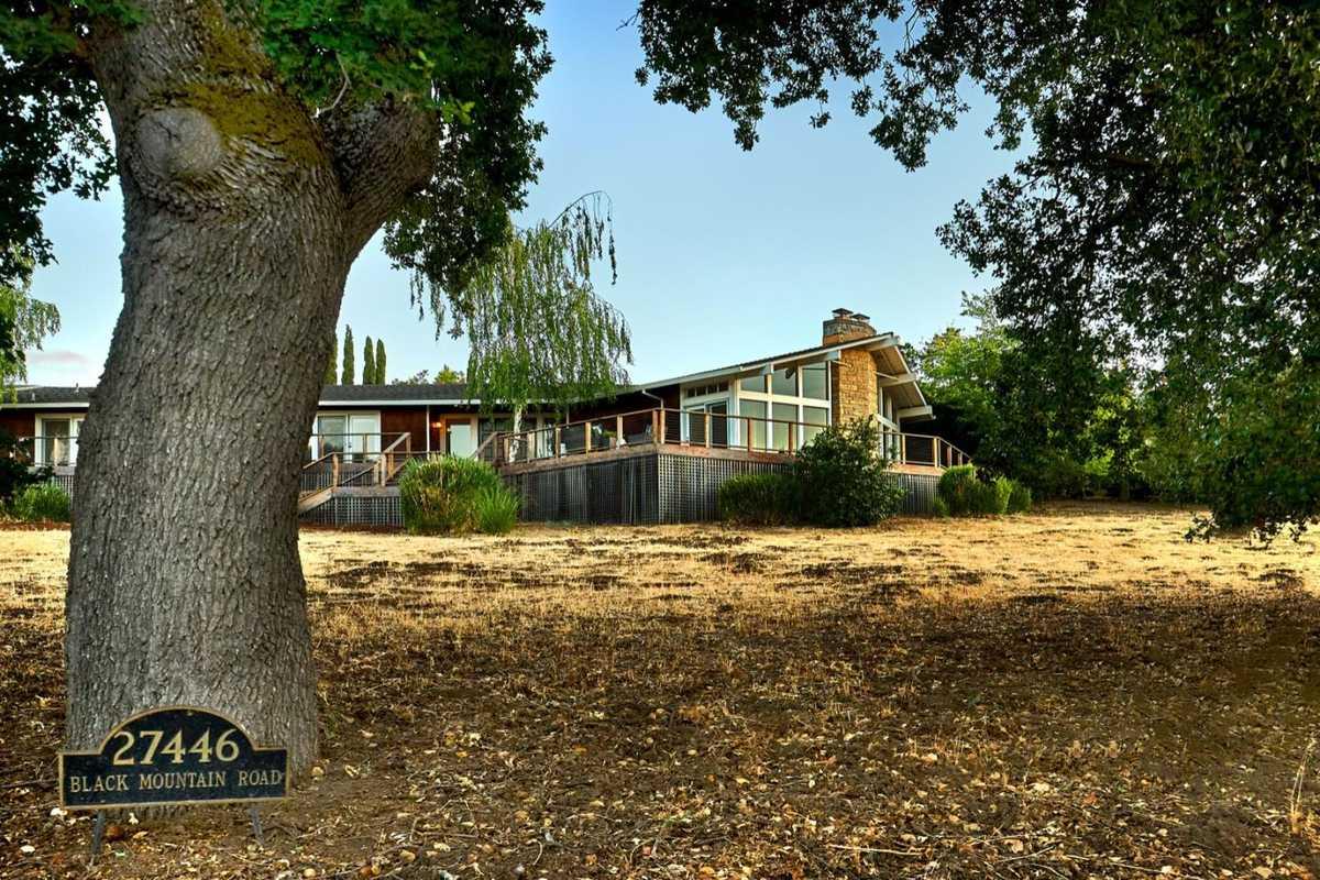$3,999,998 - 3Br/3Ba -  for Sale in Los Altos Hills