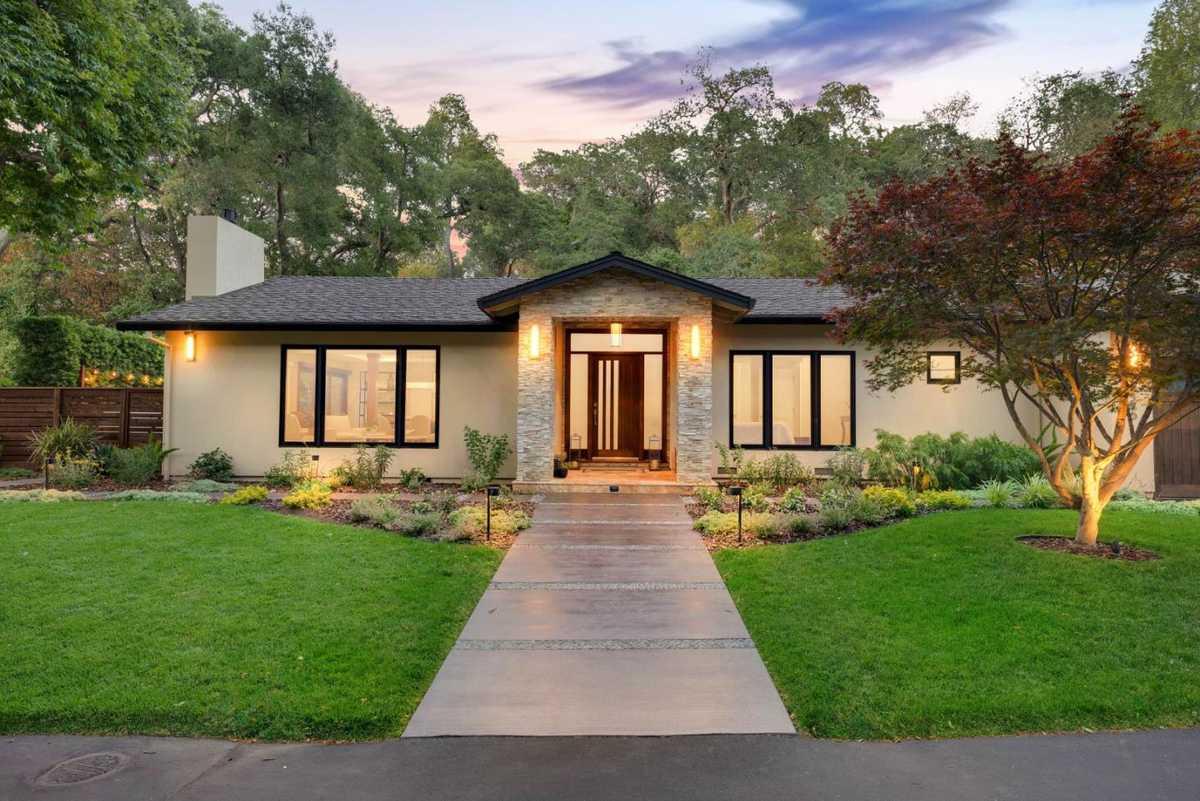 $4,988,000 - 4Br/4Ba -  for Sale in Monte Sereno