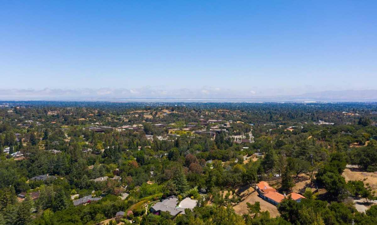 $2,995,000 - 3Br/3Ba -  for Sale in Los Altos Hills