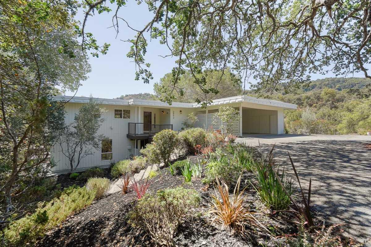 $3,198,888 - 3Br/3Ba -  for Sale in Los Altos Hills