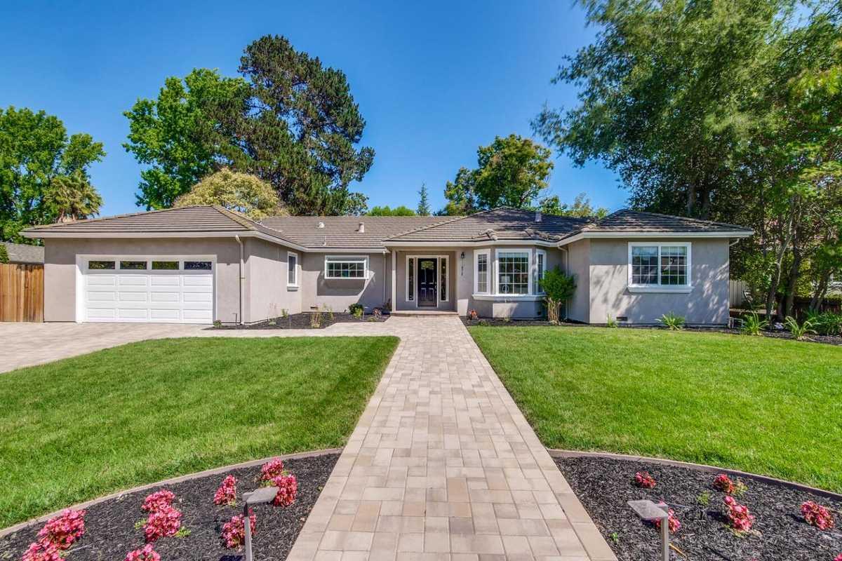 $2,848,000 - 3Br/3Ba -  for Sale in Saratoga