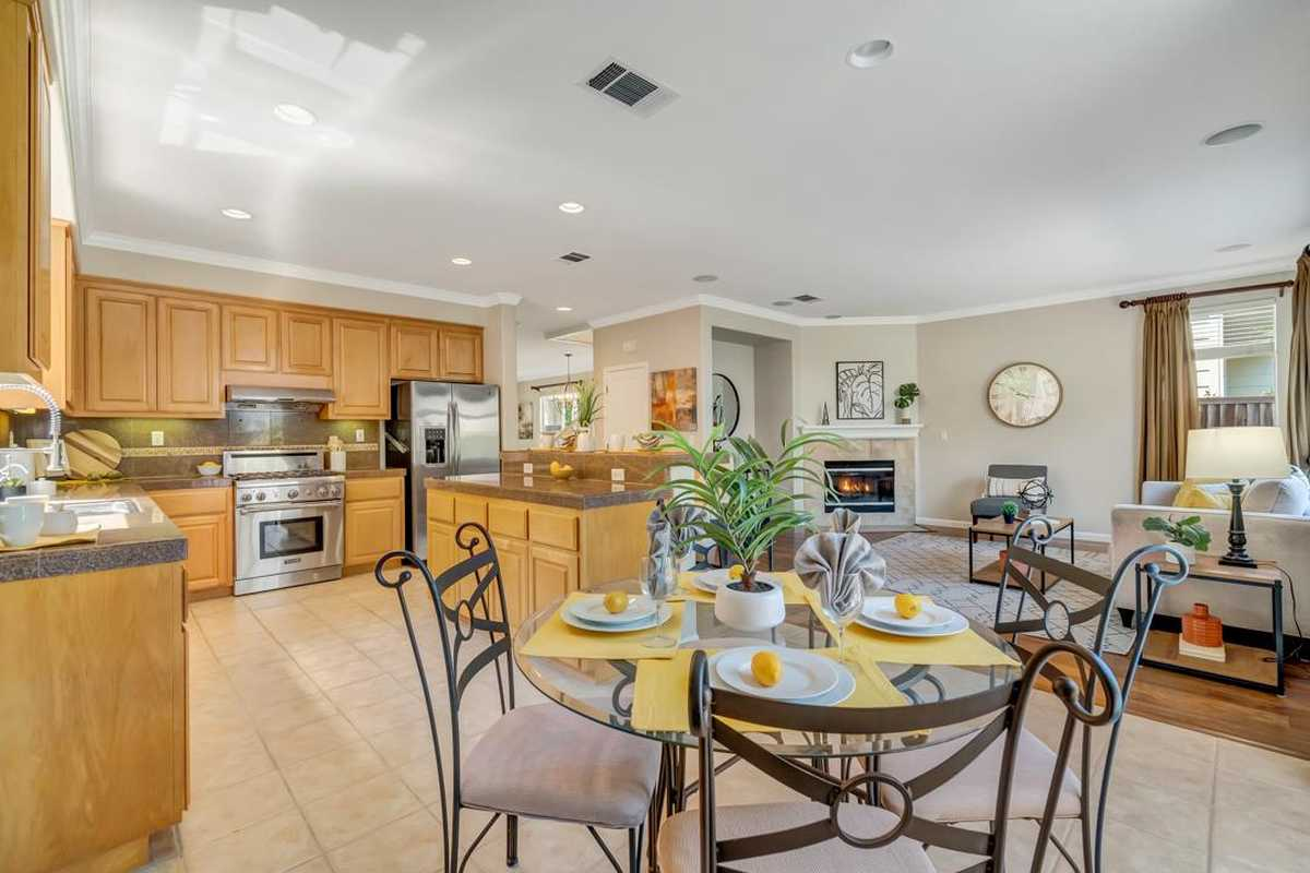 $1,598,000 - 4Br/3Ba -  for Sale in East Palo Alto