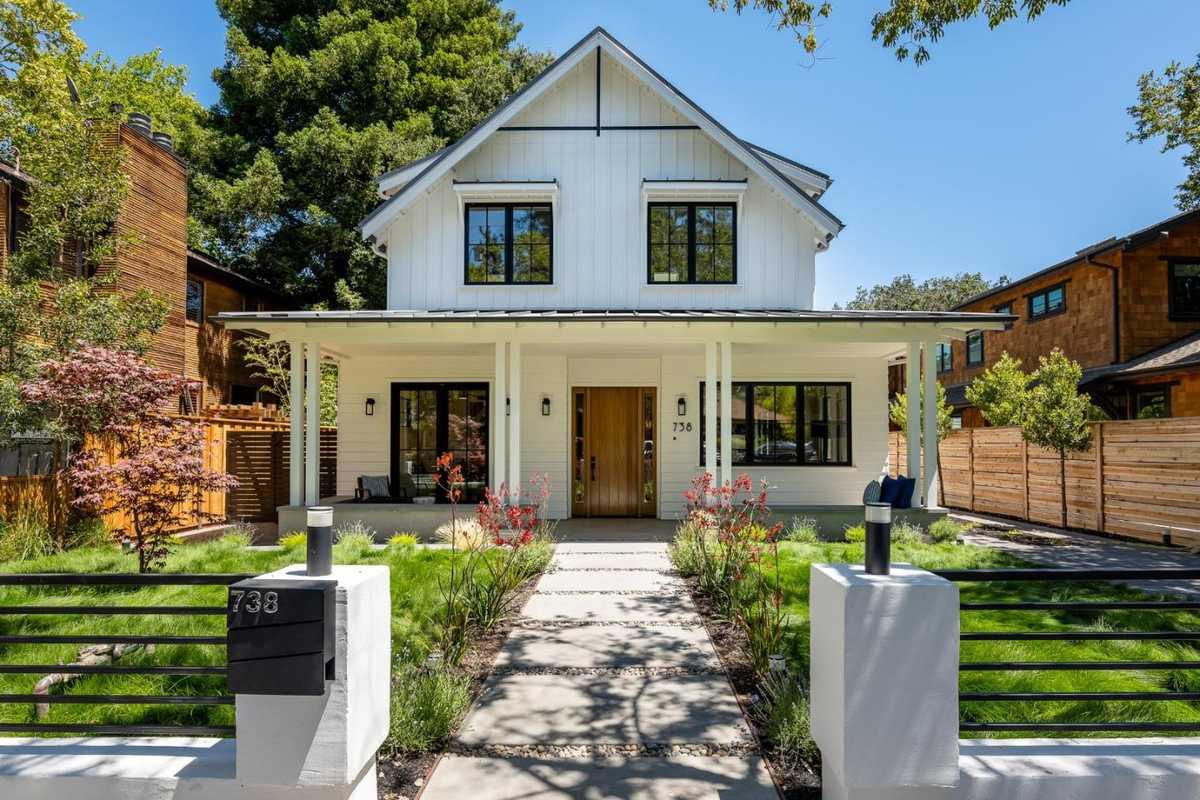 $8,850,000 - 7Br/7Ba -  for Sale in Palo Alto