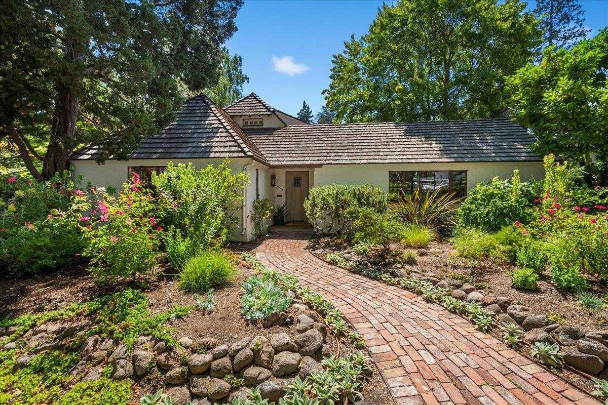 $4,295,000 - 4Br/2Ba -  for Sale in Palo Alto