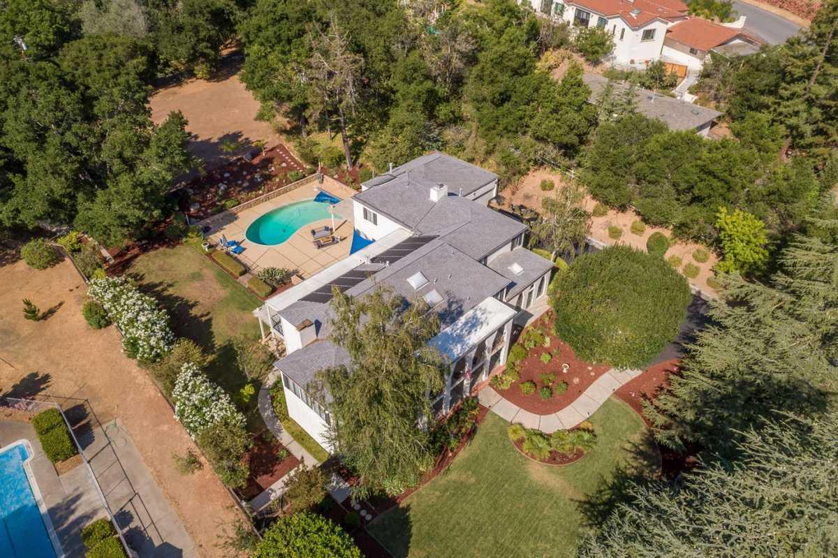 $5,798,000 - 5Br/7Ba -  for Sale in Saratoga