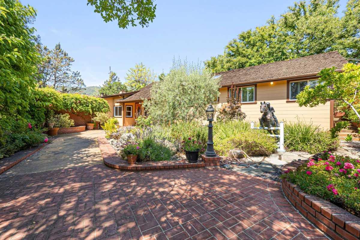 $2,750,000 - 4Br/3Ba -  for Sale in Monte Sereno