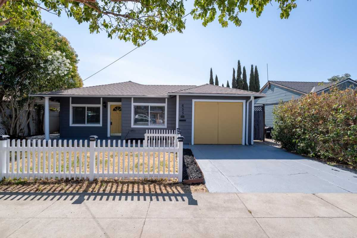 $750,000 - 3Br/1Ba -  for Sale in Livermore