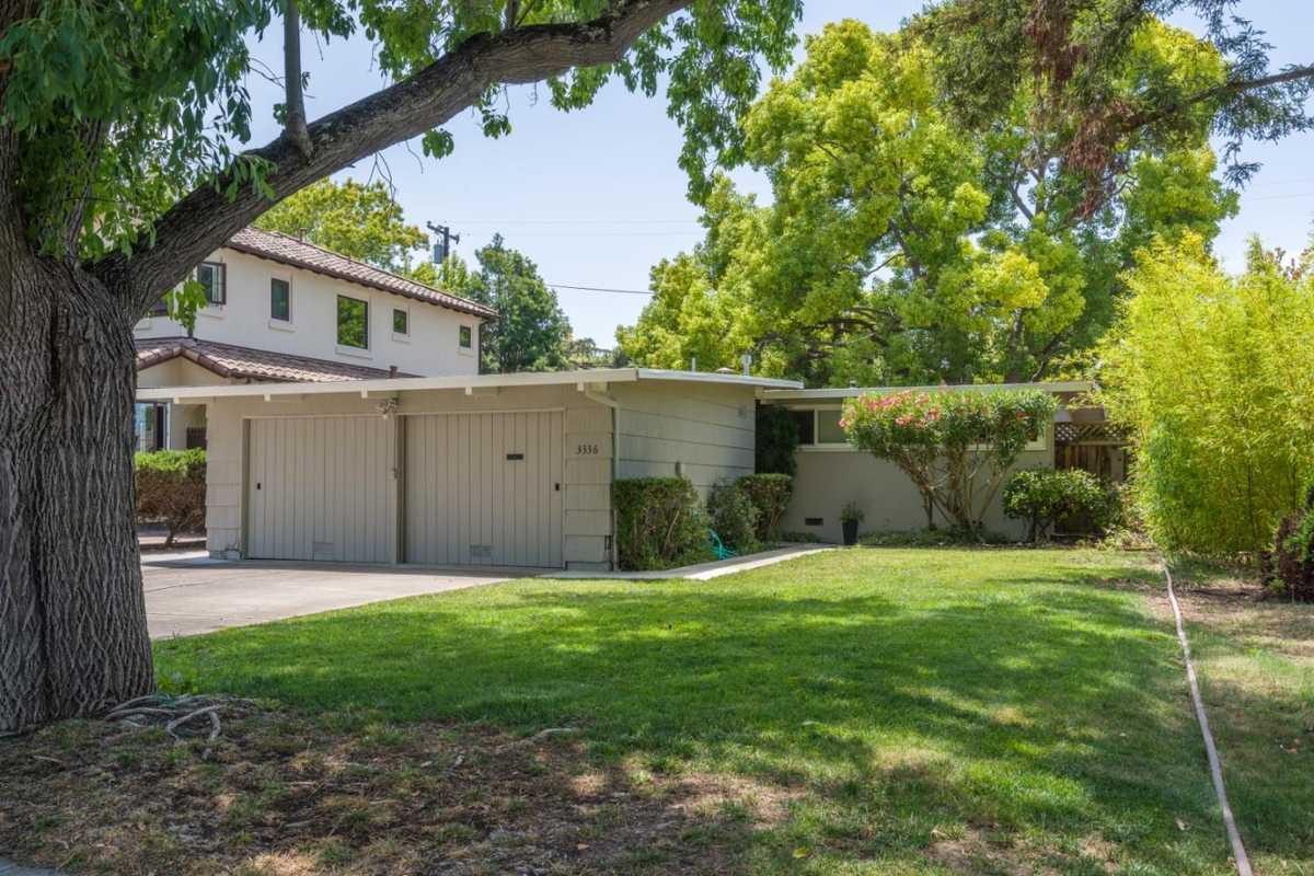 $2,750,000 - 3Br/2Ba -  for Sale in Palo Alto