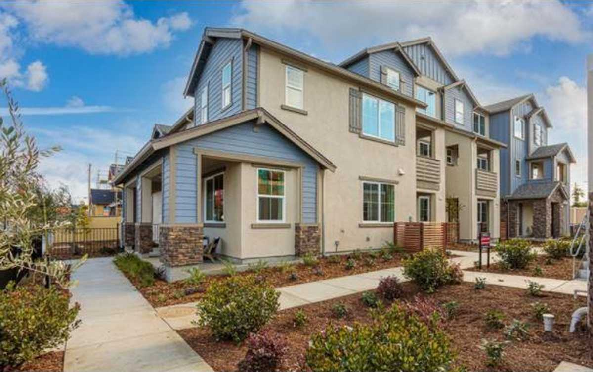 $956,000 - 4Br/4Ba -  for Sale in Livermore