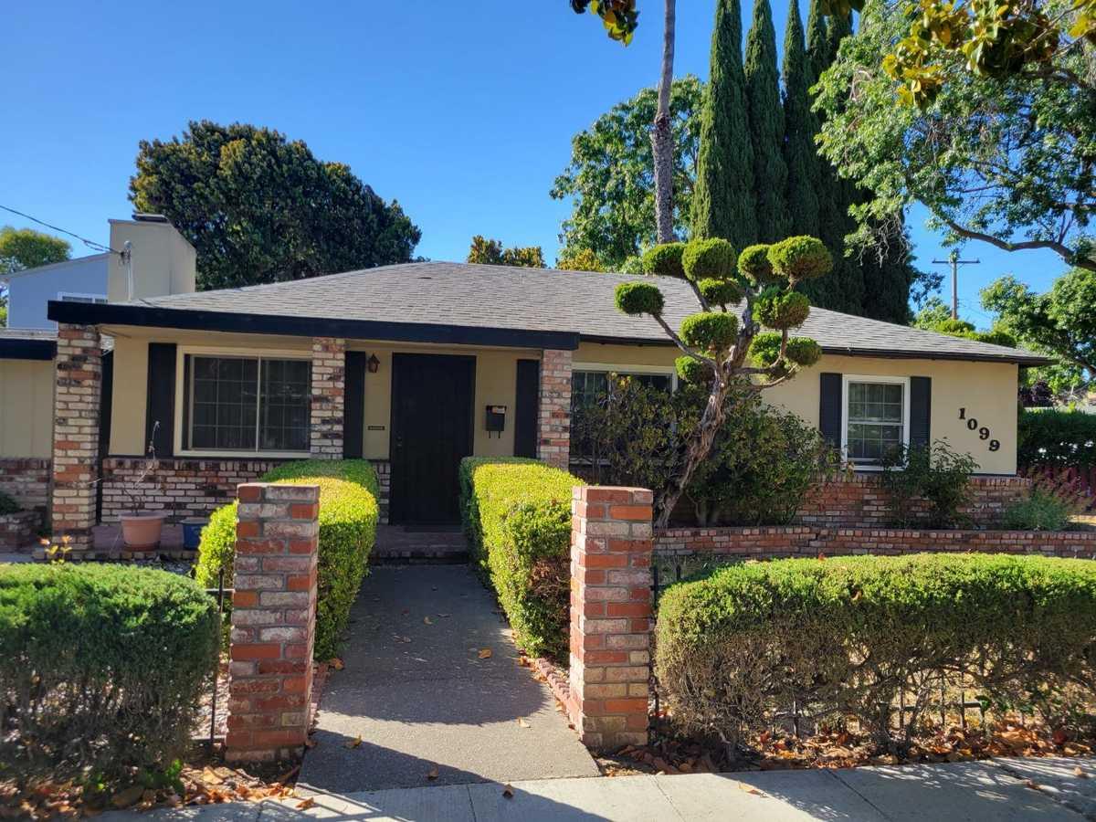 $1,800,000 - 2Br/1Ba -  for Sale in Palo Alto