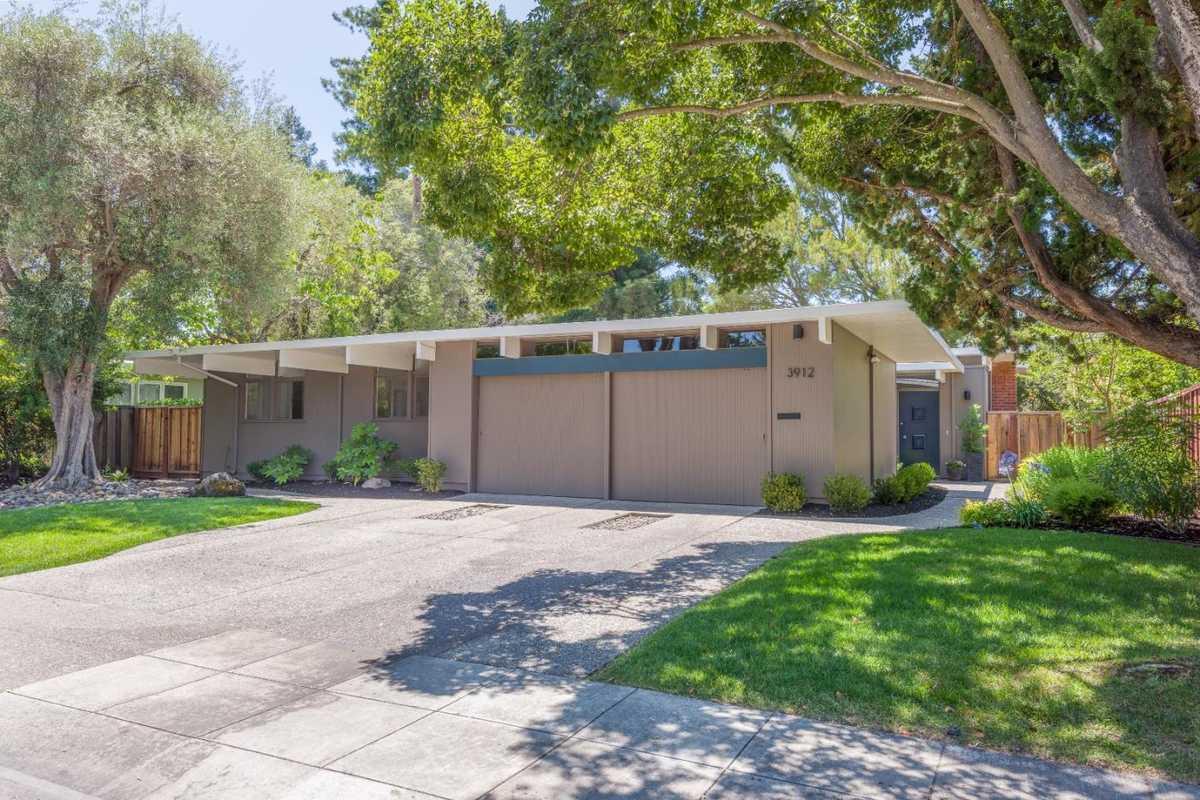 $2,795,000 - 5Br/3Ba -  for Sale in Palo Alto