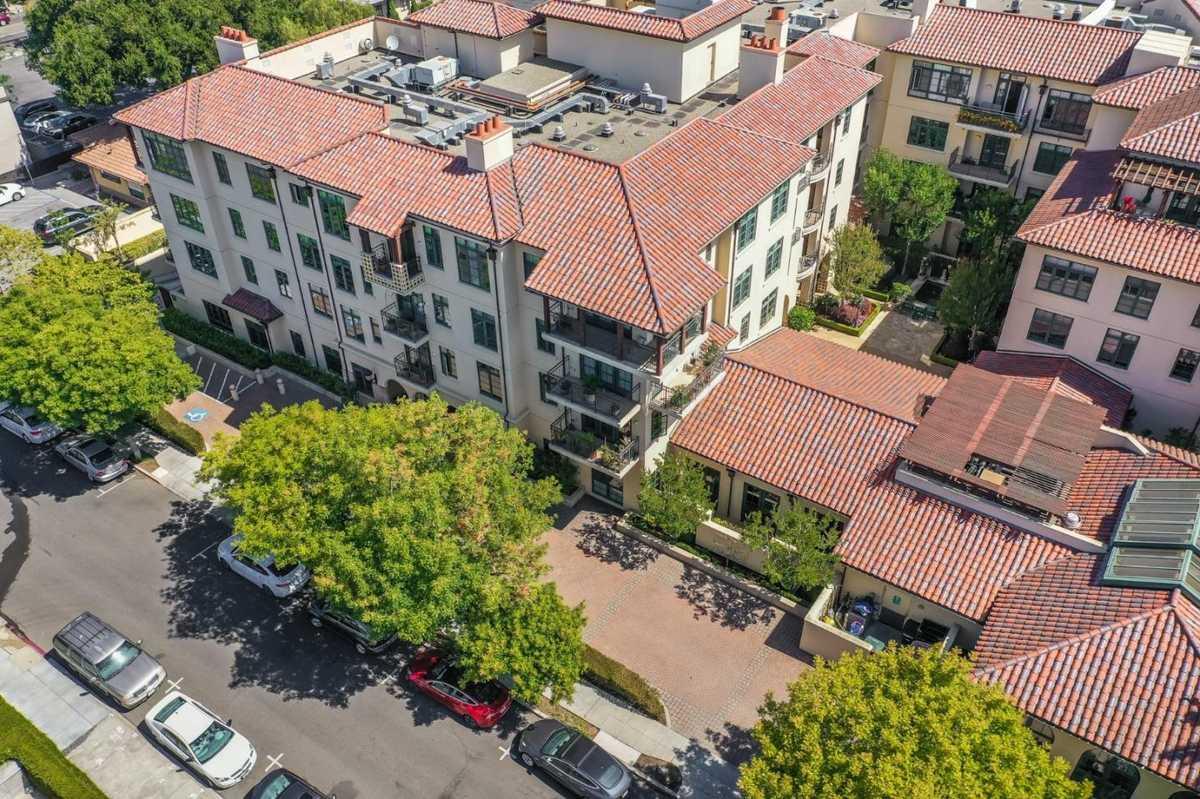 $1,498,000 - 3Br/3Ba -  for Sale in Palo Alto