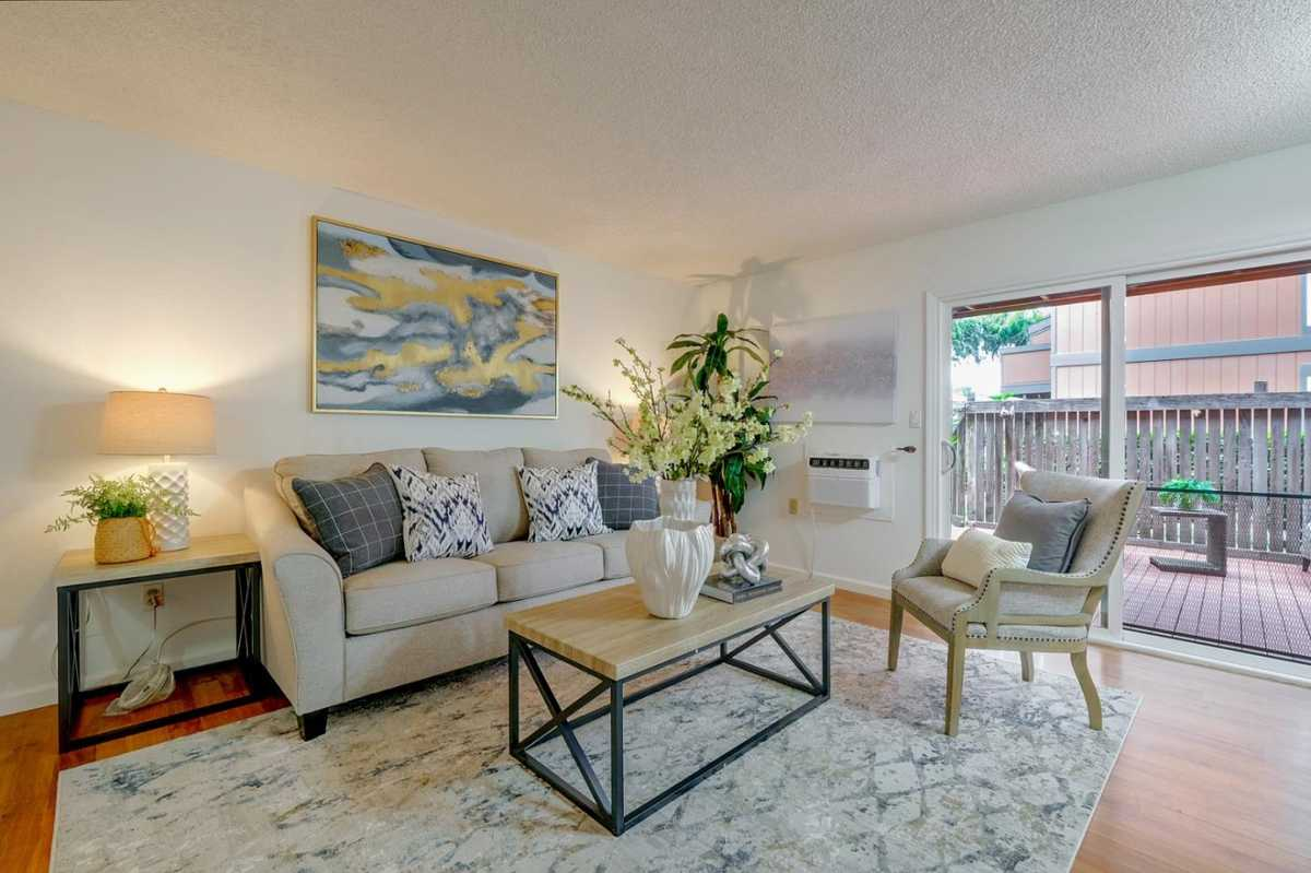 $568,000 - 2Br/1Ba -  for Sale in Fremont