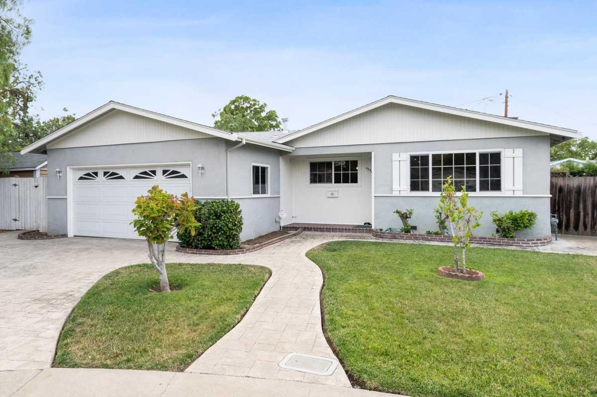 $675,000 - 3Br/2Ba -  for Sale in Concord