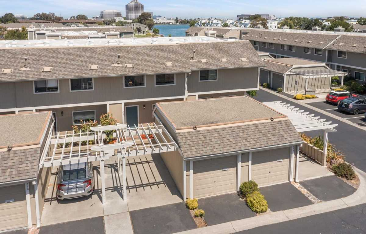 $1,388,000 - 3Br/3Ba -  for Sale in Foster City