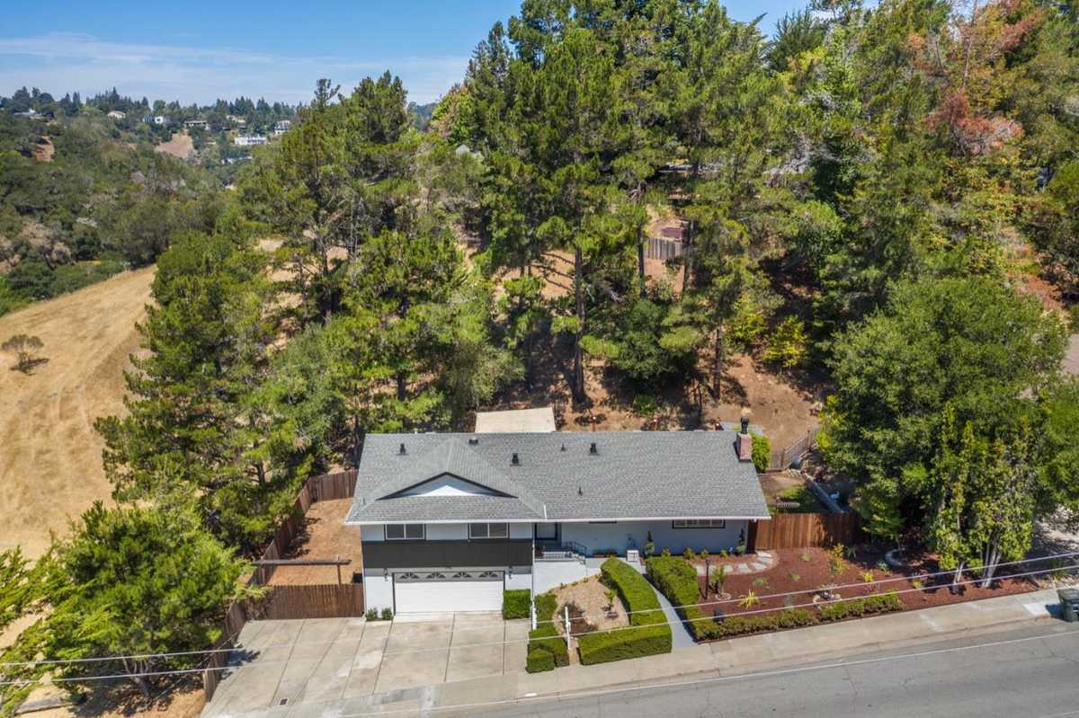 $1,975,000 - 3Br/2Ba -  for Sale in San Mateo