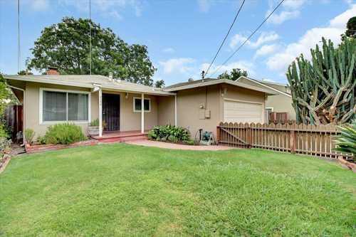 $975,000 - 3Br/2Ba -  for Sale in East Palo Alto