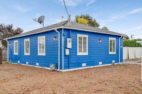 $998,000 - 4Br/1Ba -  for Sale in East Palo Alto