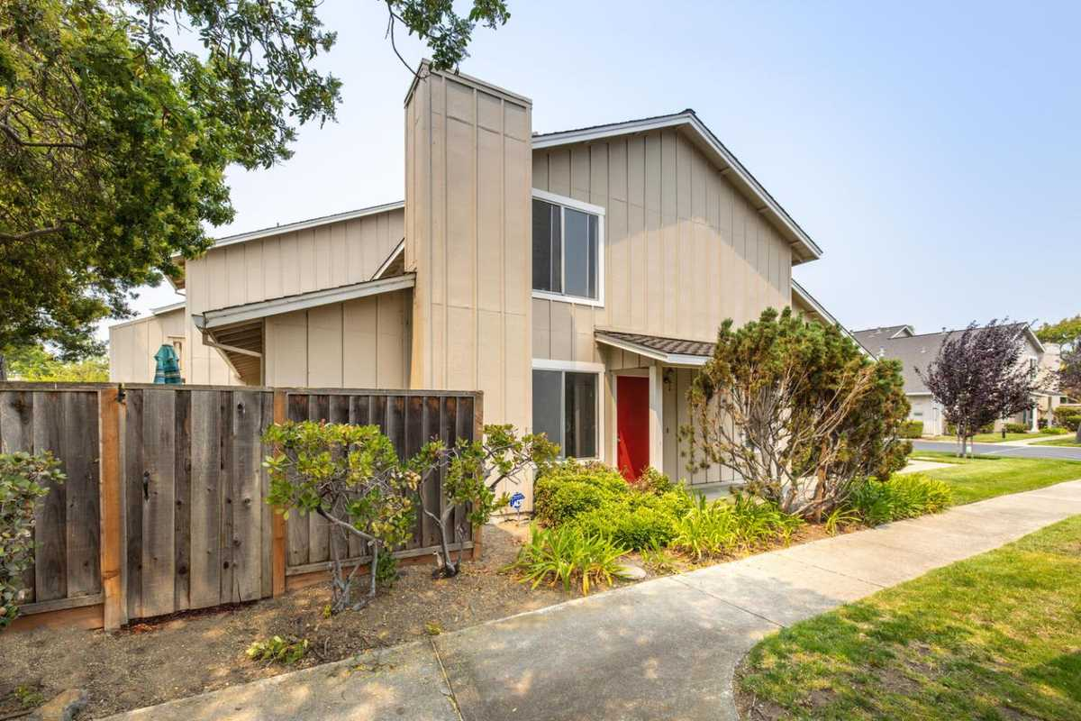 $1,249,000 - 3Br/2Ba -  for Sale in Foster City