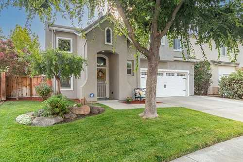 $888,000 - 4Br/3Ba -  for Sale in Gilroy