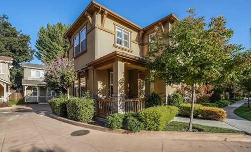 $1,349,000 - 3Br/3Ba -  for Sale in Campbell