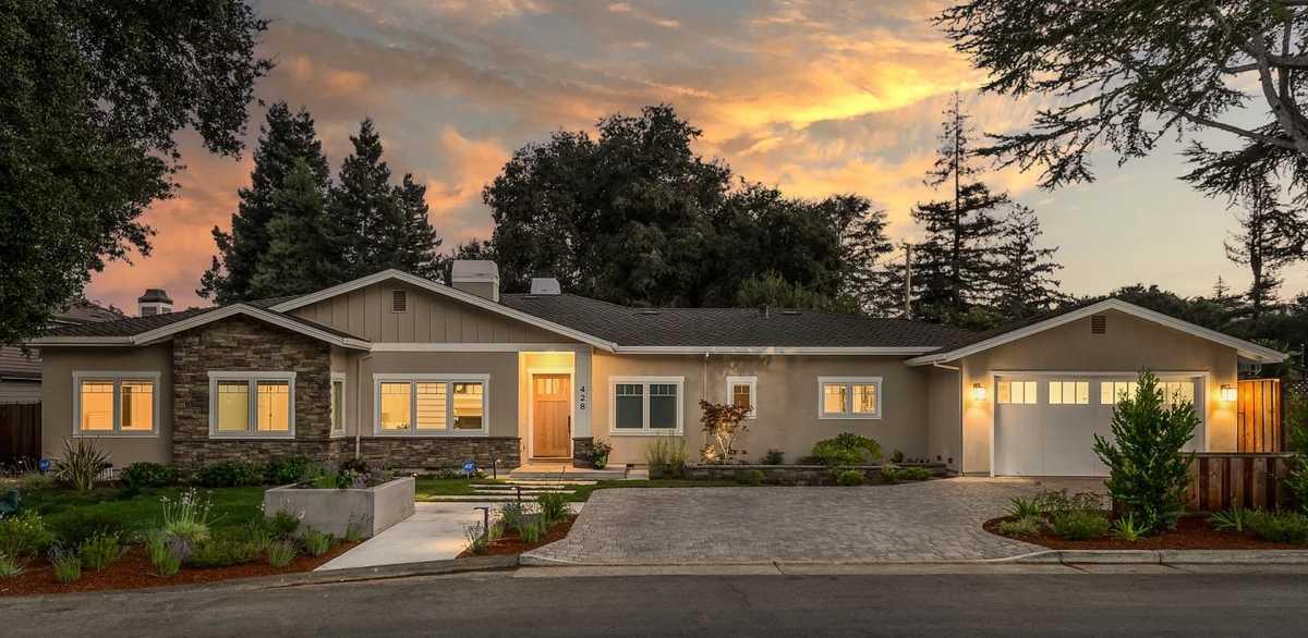 $4,995,000 - 5Br/5Ba -  for Sale in Los Altos