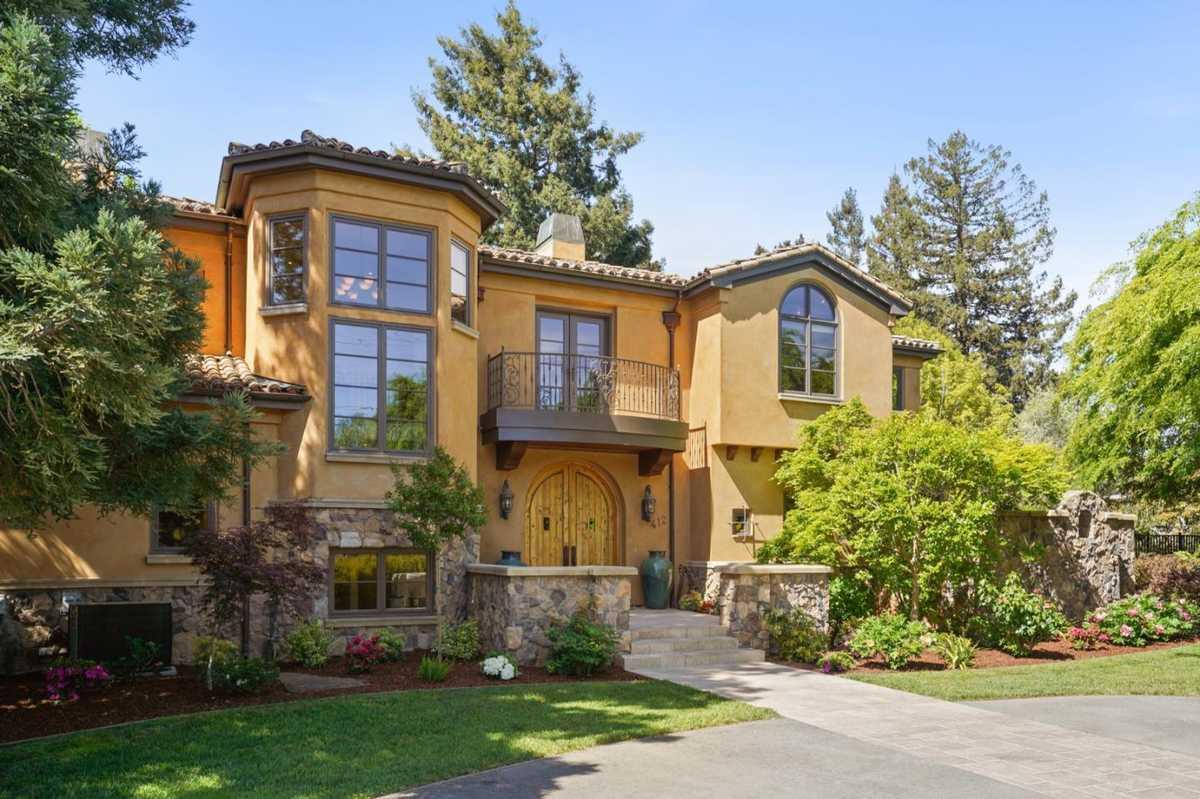 $11,750,000 - 5Br/7Ba -  for Sale in Los Altos