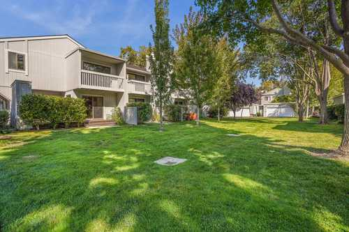 $1,498,000 - 3Br/3Ba -  for Sale in Mountain View