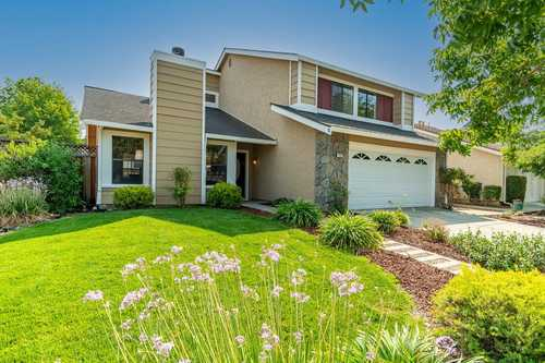 $985,000 - 4Br/3Ba -  for Sale in Gilroy