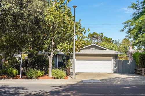 $3,198,000 - 5Br/3Ba -  for Sale in Palo Alto