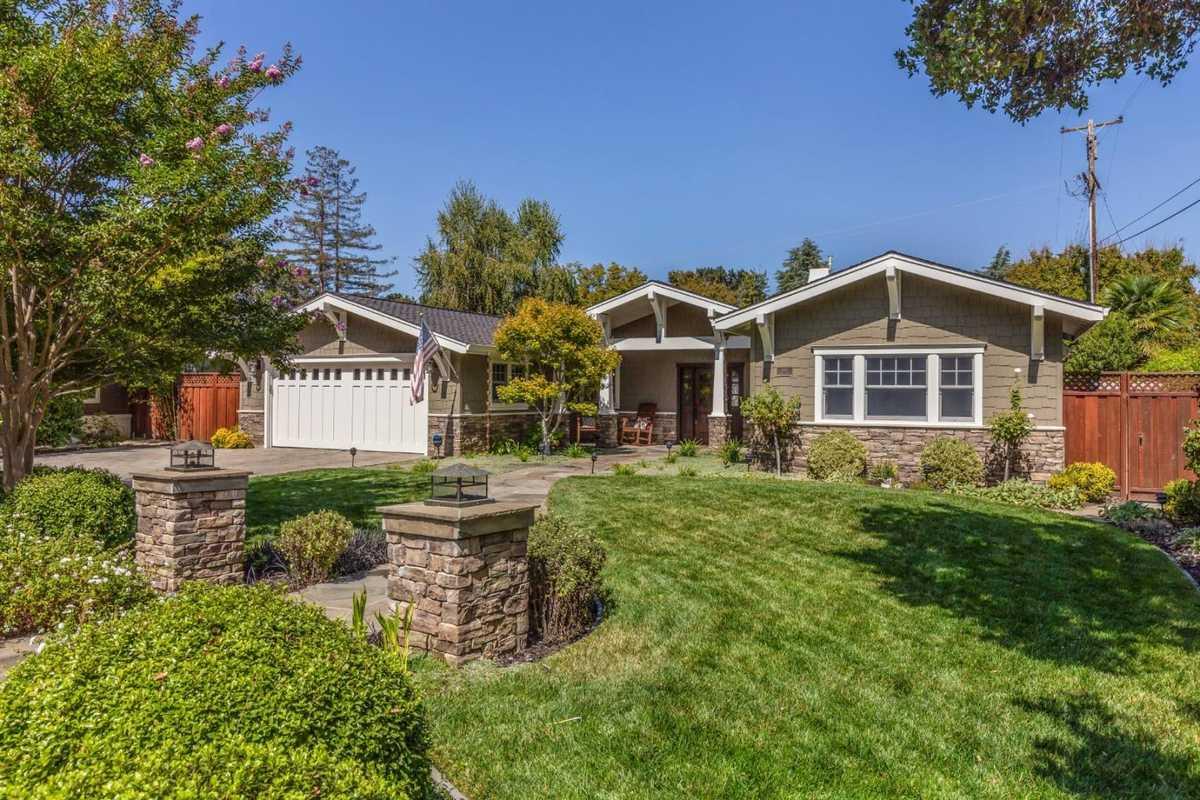 $4,695,000 - 3Br/3Ba -  for Sale in Los Altos