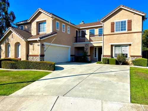 $899,000 - 5Br/3Ba -  for Sale in Gilroy