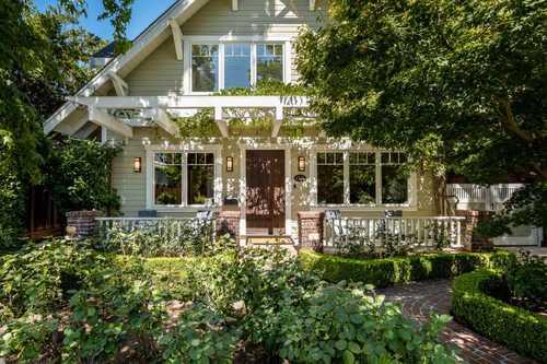 $5,995,000 - 4Br/4Ba -  for Sale in Palo Alto