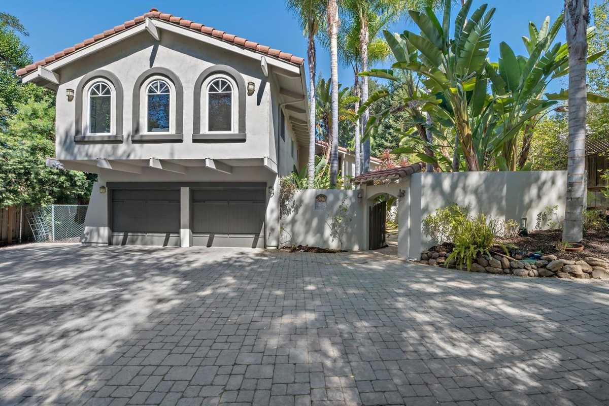 $4,598,000 - 4Br/3Ba -  for Sale in Los Altos