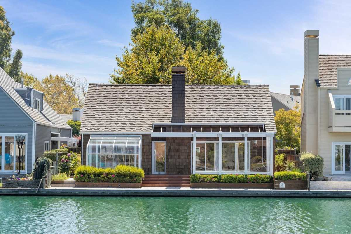 $2,198,000 - 3Br/3Ba -  for Sale in Foster City