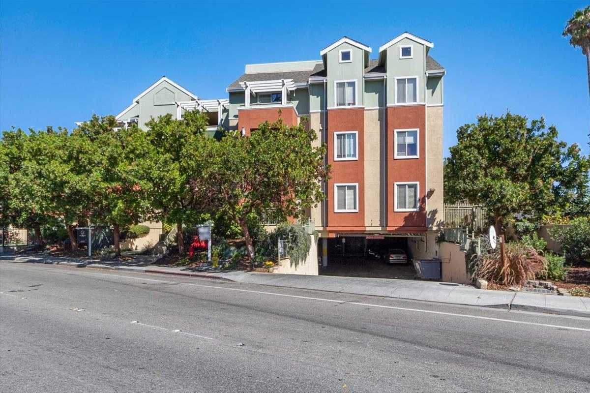 $875,000 - 3Br/2Ba -  for Sale in East Palo Alto
