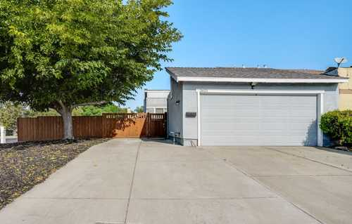$849,999 - 2Br/2Ba -  for Sale in San Jose