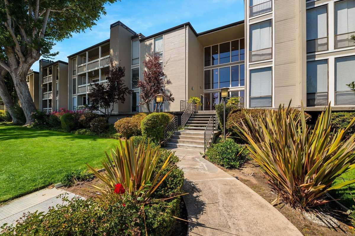 $698,000 - 1Br/1Ba -  for Sale in Foster City