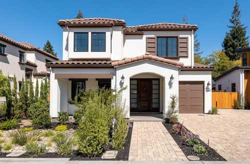 $4,934,650 - 5Br/7Ba -  for Sale in Palo Alto