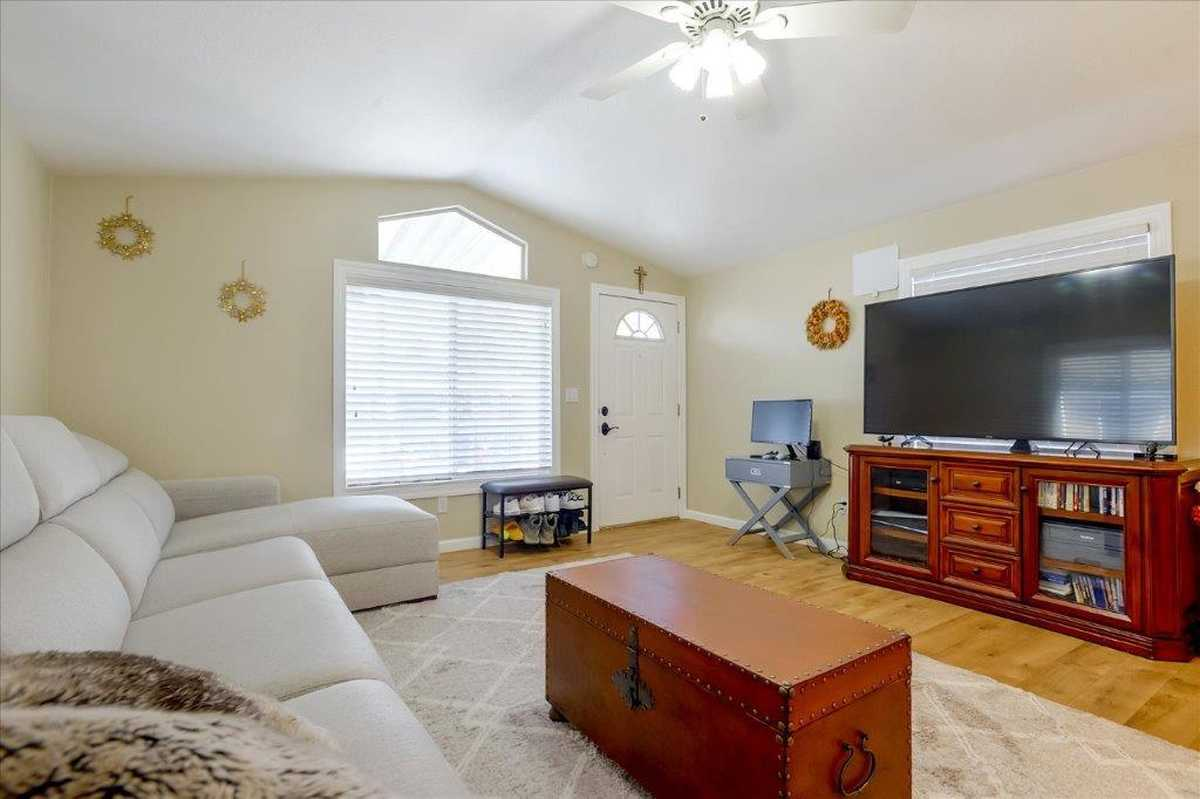 $309,000 - 2Br/2Ba -  for Sale in East Palo Alto