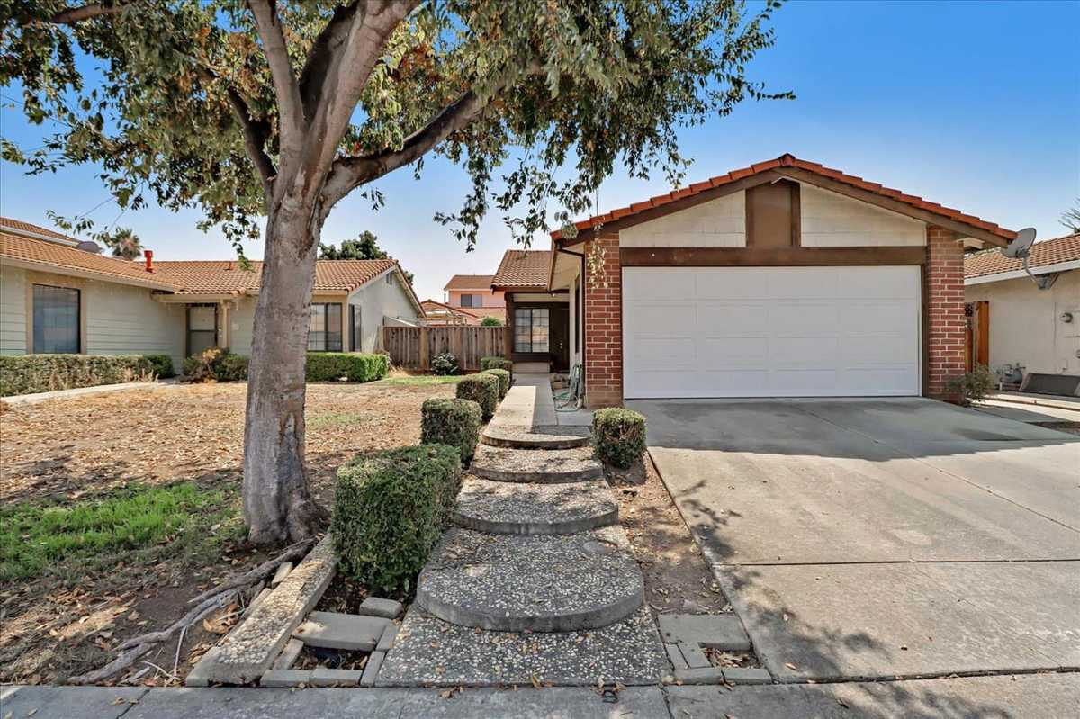 $900,000 - 3Br/1Ba -  for Sale in San Jose