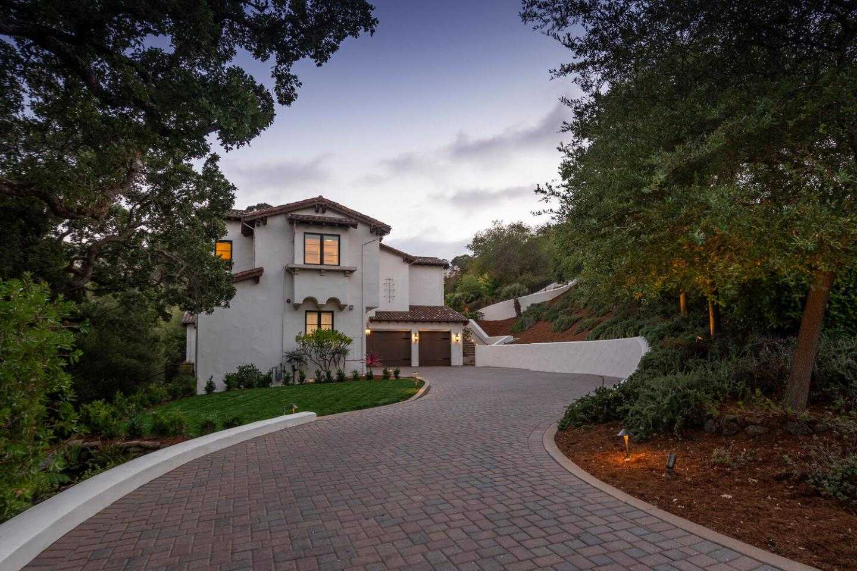 $6,850,000 - 6Br/7Ba -  for Sale in Hillsborough