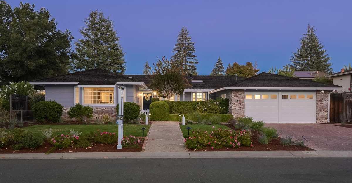 $4,198,000 - 4Br/3Ba -  for Sale in Los Altos