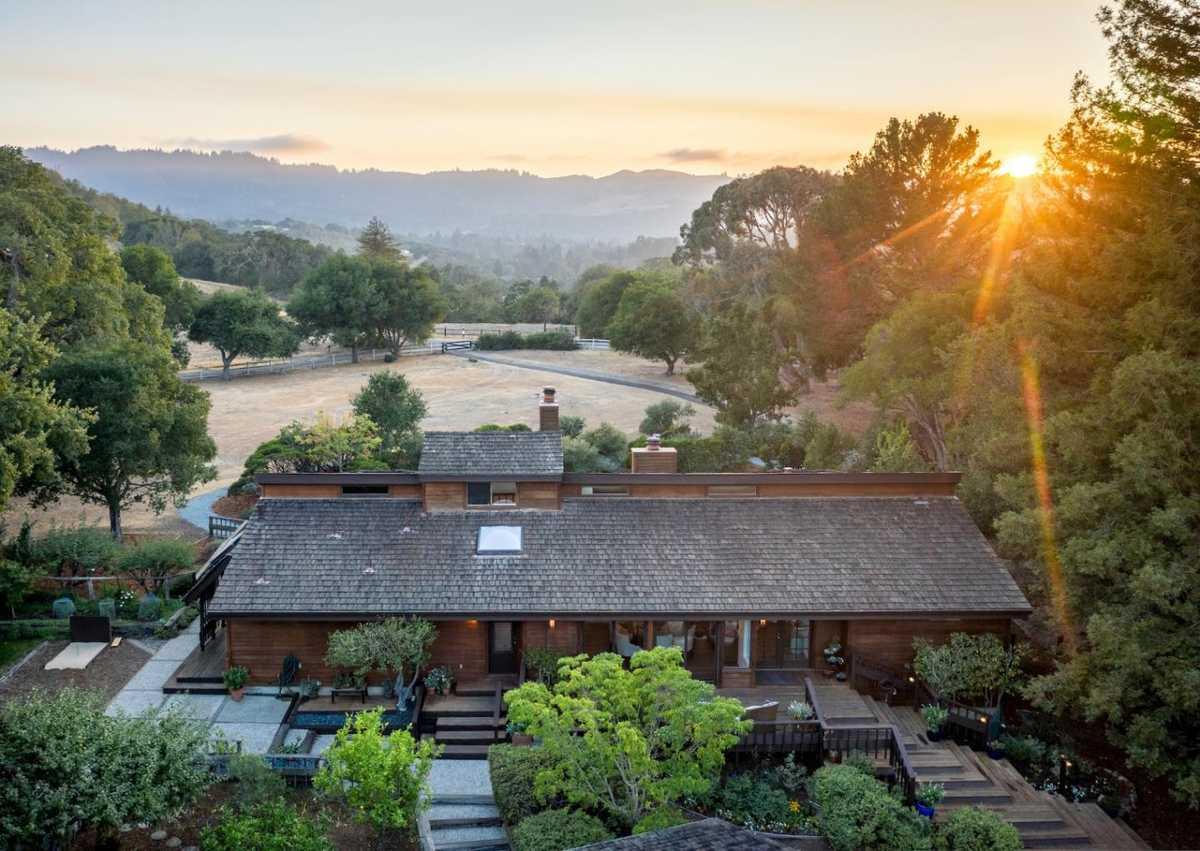 $6,495,000 - 4Br/2Ba -  for Sale in Portola Valley