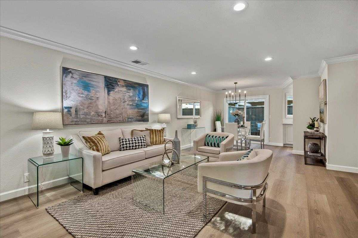 $859,000 - 2Br/3Ba -  for Sale in San Jose
