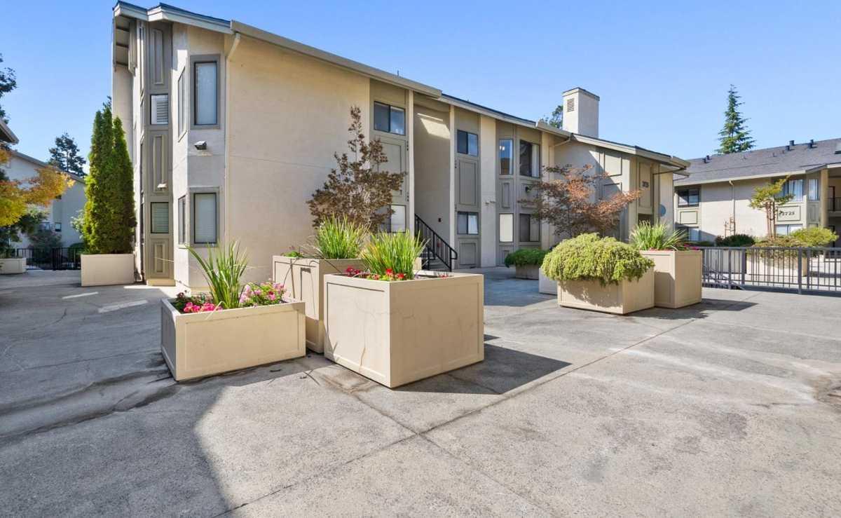$680,000 - 2Br/1Ba -  for Sale in Santa Clara
