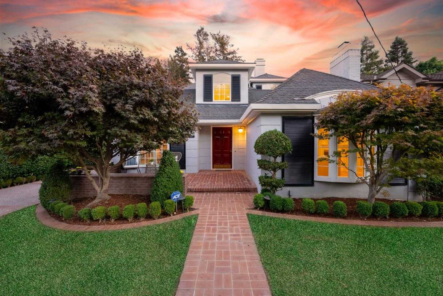 $3,998,000 - 4Br/3Ba -  for Sale in San Mateo