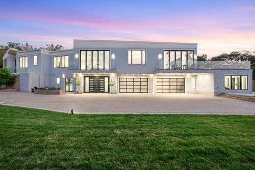 $15,999,888 - 6Br/9Ba -  for Sale in Los Altos Hills