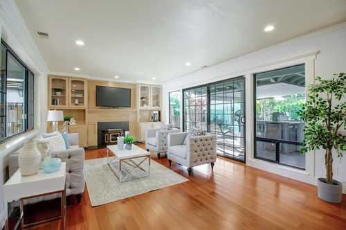 $1,680,000 - 4Br/3Ba -  for Sale in Campbell